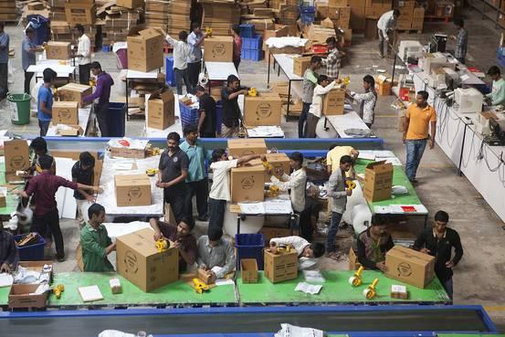 Flipkart, Amazon Burn Piles of Cash in E-Commerce War
